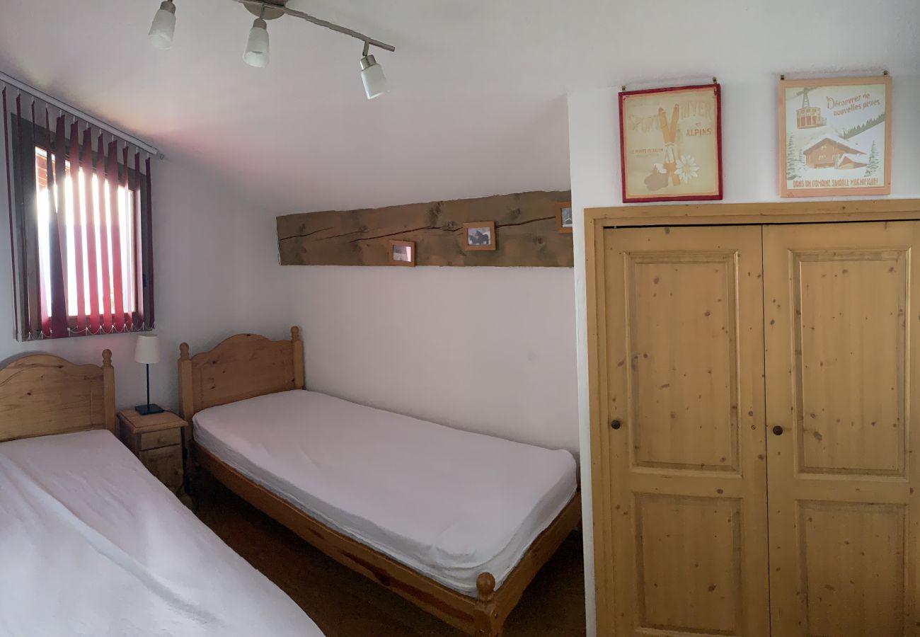 Apartment in Prapoutel - B303 - 70 m2 -  3P+Cab - 6/8 pers