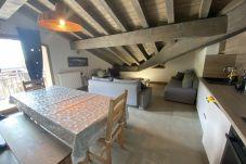 Apartment in Prapoutel - E401 - Appartement de 80m2 pour 8/10...